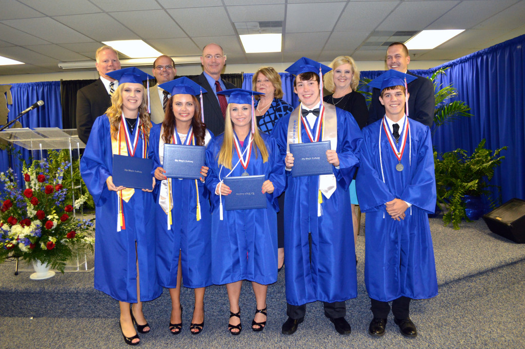 Clewiston_Graduates